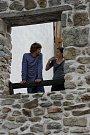 Marek Holý s Terezou Dočkalovou na archivním snímku Deníku při zkoušce Romea a Julie na Slezskoostravském hradě v režii Pavla Šimáka, která měla premiéru 21. července 2010.