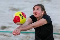 Beach volejbal, Ostravská noční liga.