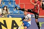 Utkání 2. kola první fotbalové ligy: FC Baník Ostrava - SK Dynamo České Budějovice, 28. srpna 2020 v Ostravě. Zleva Jan Juroška z Ostravy a Pavel Šulc z Českých Budějovic.