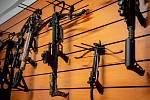 1. Česká indiánská zbrojovka - výroba a prodej luků, šípů, kuší a kompletního lukostřeleckého příslušenství, 23. ledna 2020 ve Velké Polomi.