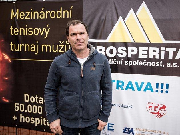 VÁCLAV ROUBÍČEK je ředitelem tradičního tenisového turnaje mužů Prosperita Open vOstravě. Jako hráč to dotáhl na 135.místo světa.