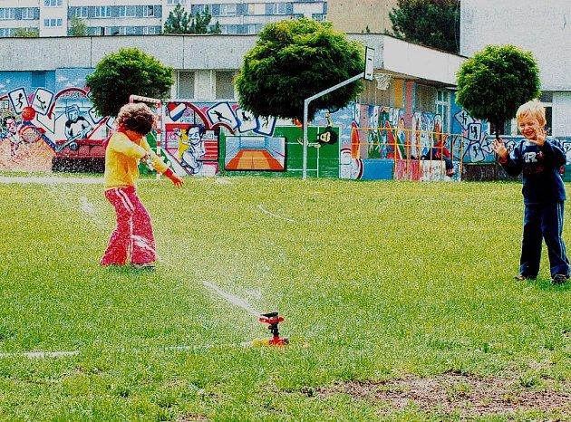 Školní hřiště na Mitušově ulici