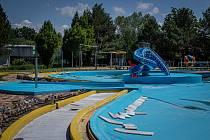 Vypuštěné letní koupaliště v Poruba (Vřesina), 1. června 2020 v Ostravě.