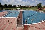 Léto v Ostravě. Koupaliště Ostrava-Jih. Ilustrační foto