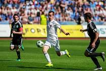 FC Baník Ostrava - 1.SC Znojmo. Uprostřed Martin Sus