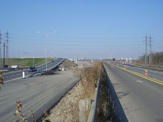 Rudná ulice. Stavba prodloužení Rudné ulice by mohla začít v roce 2008.