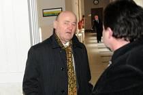 Němec Gernot Karl Gross (vlevo) čelí žalobě, podle které vydírali firmu z Opavska.