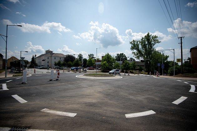 Nový kruhový objezd vKlimkovicích, 1.srpna 2019vOstravě.