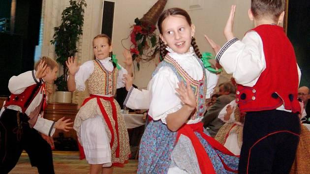Dětský folklorní soubor Ostravička z Frýdeku-Místku s přispěním grantu z programu PRAZDROJ LIDEM letos v červnu upořádal  již 16. ročník Mezinárodního folklorního festivalu CIOFF.
