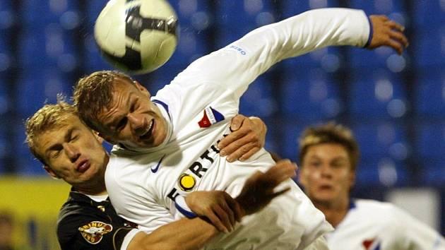 Domácí Baník vyhrál díky brance Mičoly nad Slovanem Liberec.