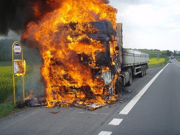 Požár kamionu