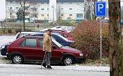 Situace na severu Moravy a ve Slezsku není kalamitní, vyžaduje však zvýšenou opatrnost od řidičů i chodců.