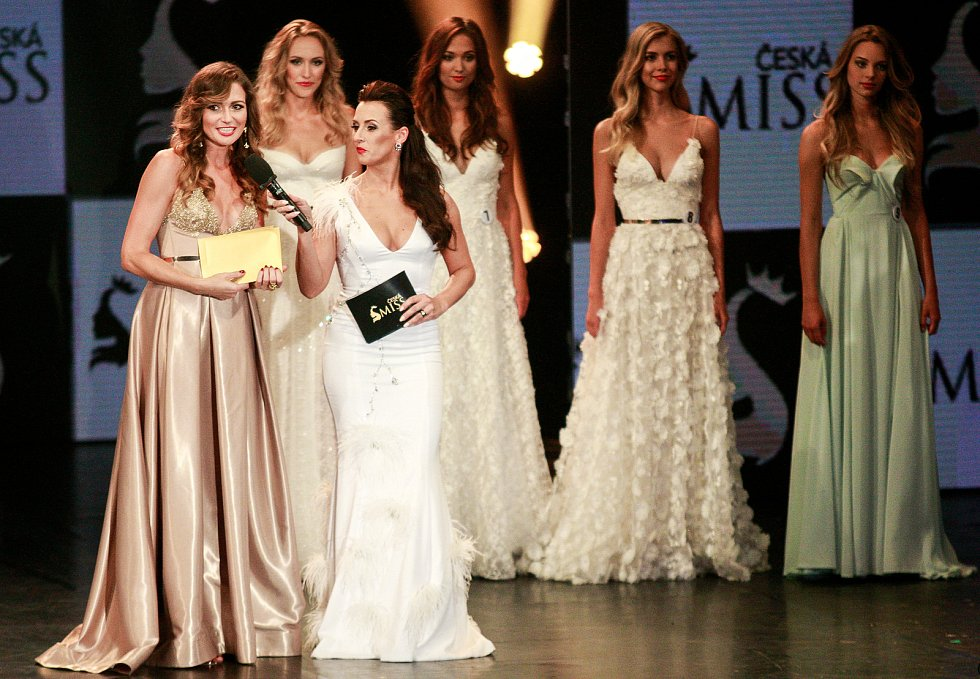 Vyhlášení české Miss 2018 v Gongu.vlevo Eva Čerešňáková