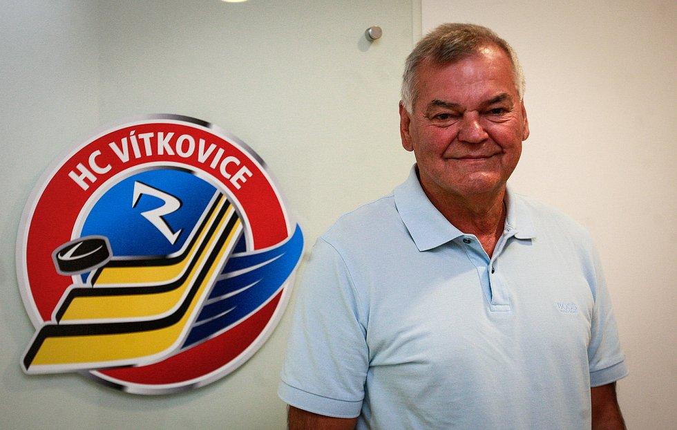 Rozhovor s Vladimírem Vůjtkem.Na fotografii Vladimír Vůjtek st.