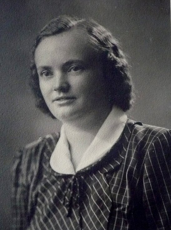 Helena Steblová v roce 1946.