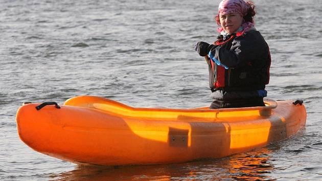 Vodáci se vydali po zimních řekách do Polska