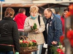 Dušičky jsou stále důvodem pro nákupy v polském pohraničí.