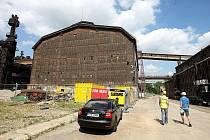 Dolní oblast Vítkovic. Při rekonstrukci VI. energetické ústředny se dbá na to, aby bylo zachováno maximum z původního historického řešení, všechno ale dostane nový lesk.