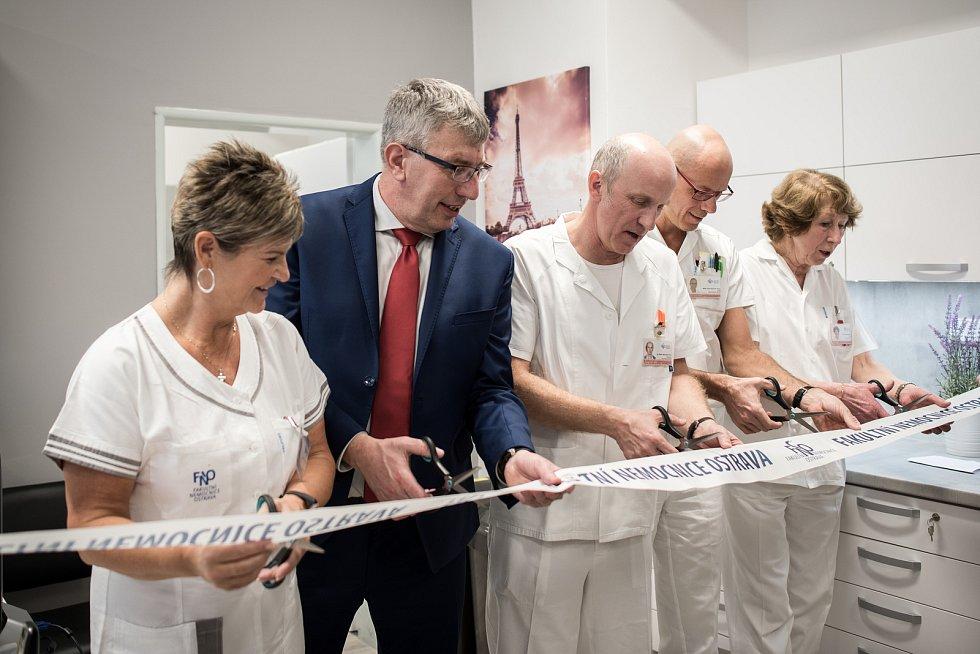 Otevření centra pro diagnostiku a léčbu demyelinizačních onemocnění ve Fakultní nemocnici Ostrava, 18. února 2019 v Ostravě. Na snímku ředitel FNO (druhý zleva) Jiří Havrlant.