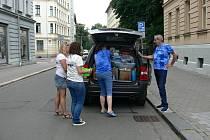 Ostravská univerzita vyhlásila veřejnou materiální sbírku pro tornádem poničenou jižní Moravu, která potrvá do úterý 29. června 2021.