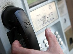Telefonní automat. Ilustrační foto.