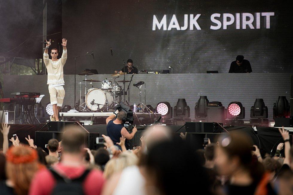 Festival elektronické hudby Beats for love v Dolní Oblasti Vítkovice, 8. července 2017. Na snímku rapper Majk Spirit.