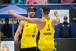 Turnaj Světového okruhu v plážovém volejbalu - semifinále, 24. června 2018 v Ostravě. Na snímku Andrián Gavira  Collado (2) a Pablo Herrera Allepuz (1).