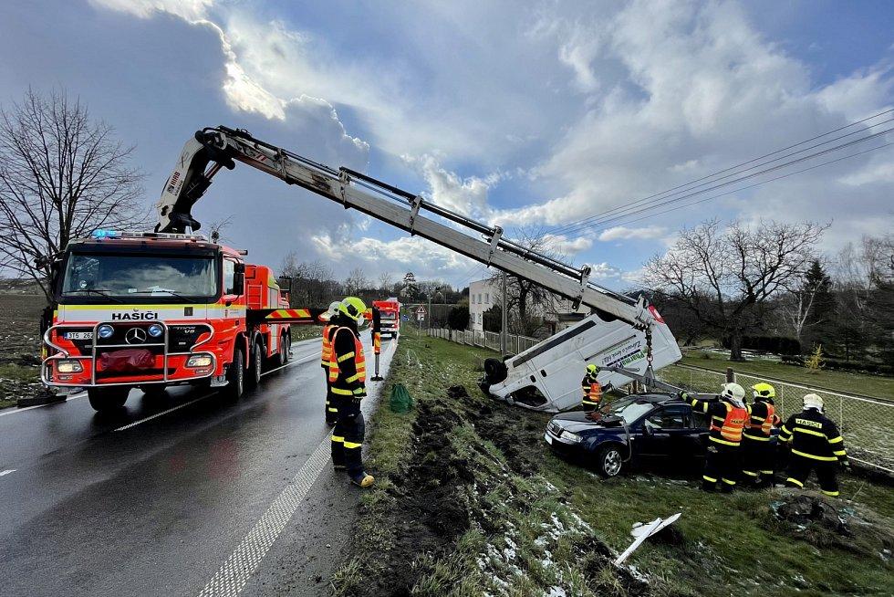 Dopravní nehoda v Řepištích, 8. března 2021.