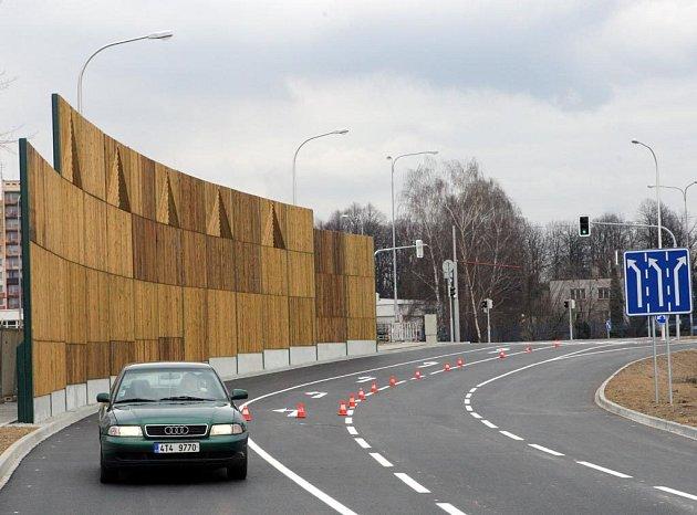 Nová příjezdová silnice k ostravskému Avion Shopping Parku