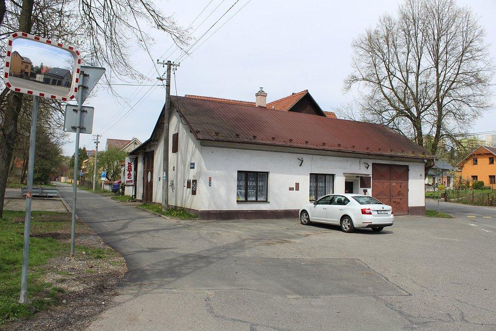 Bývalá hasičárna v Pustkovci, v budoucnu kulturní dům.
