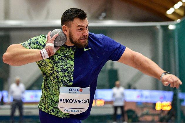 Mezinárodní halový atletický mítink Czech Indoor Gala 2020, 5.února 2020vOstravě. Vrh koulí Konrad Bukowiecki zPolska.
