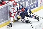 Čtvrtfinále play off hokejové extraligy - 1. zápas: HC Oceláři Třinec - HC Vítkovice Ridera, 20. března 2019 v Třinci. Na snímku (zleva) Jiří Polanský a Josef Hrabal.