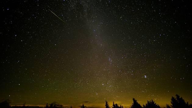Meteor Perseida. Image Credit: NASA/Bill Ingalls.