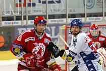 Juraj Štefanka (na snímku vpravo)