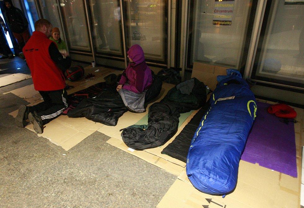Ostravská Noc venku - happening poukazující na problematiku bezdomovců.