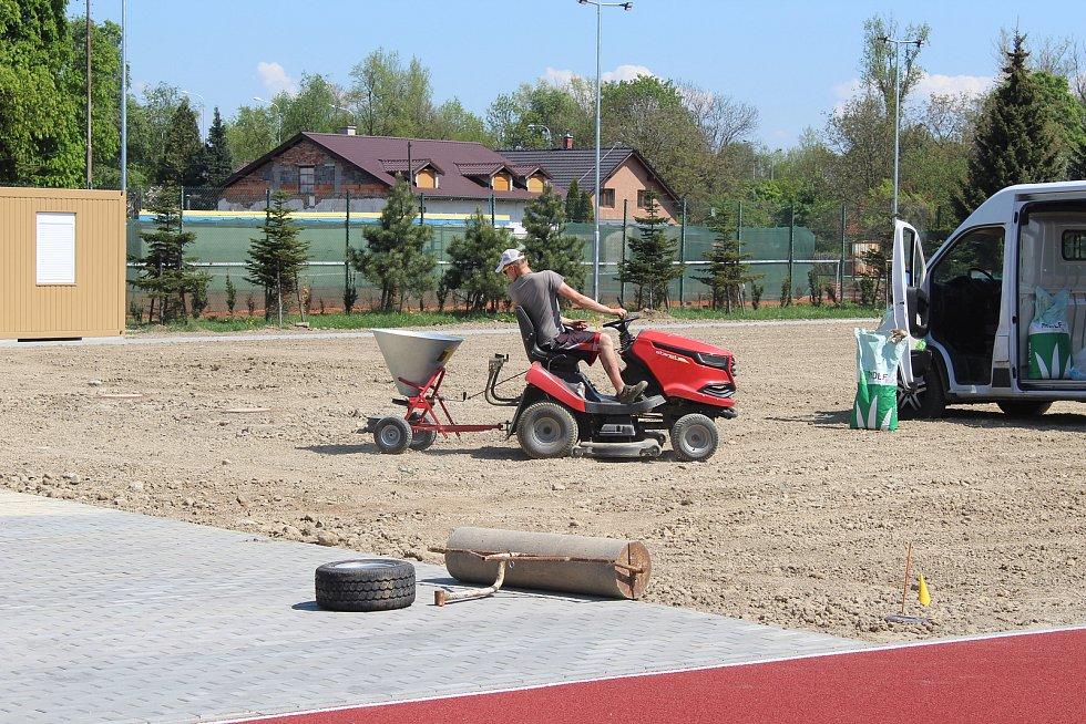 Sportovní areál ve Valašské ulici u místního Sokola.
