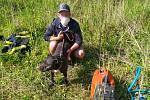 Hasiči v Ostravě pomohli v neděli 17. května psovi, který uvízl v rouře.