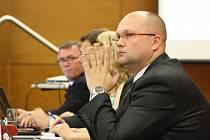 Josef Bělica na snímku vpravo.