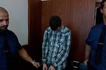 Mladík by měl ve vězení strávit šest a půl roku.