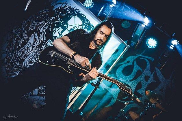 Kytarista Radek Hajda