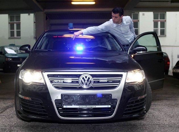 Nový policejní Volkswagen Passat