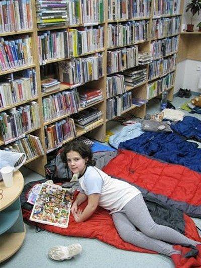 Ilustrační foto z Noci s Andersenem. Snímek je z knihovny na Vietnamské ulici v Ostravě-Porubě.