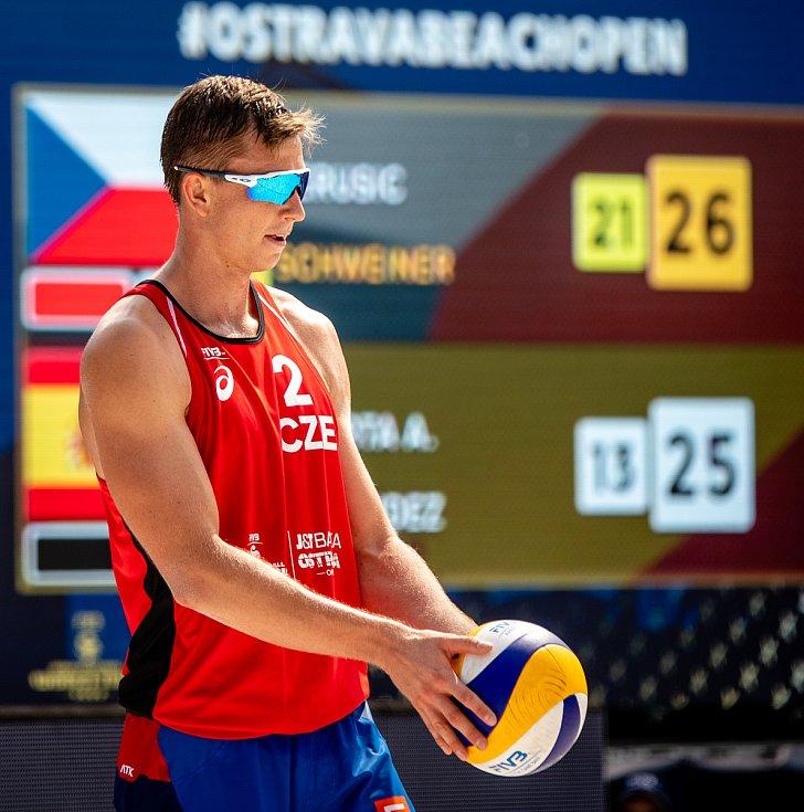 J&T Banka Ostrava Beach Open, 3. června 2021 v Ostravě. David Schweiner (CZE).