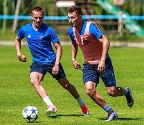 Fotbalisté Baníku se připravují na ligový ročník pod vedením kouče Radima Kučery.