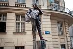 Odhalení sochy Karla Kryla (dílo Davida Moješčíka), 27. červen 2018 v Ostravě.