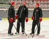 První trénink hokejistů HC Oceláři Třinec.