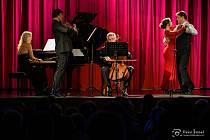 Na zahajovacím koncertě osmé koncertní sezony ve Frenštátě pod Radhoštěm vystoupili sopranistka Patricia Janečková, rakouský barytonista Martino Hammerle-Bortolotti a Moravské klavírní trio.