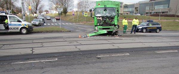 Dopravní nehoda vOstravě-Porubě.