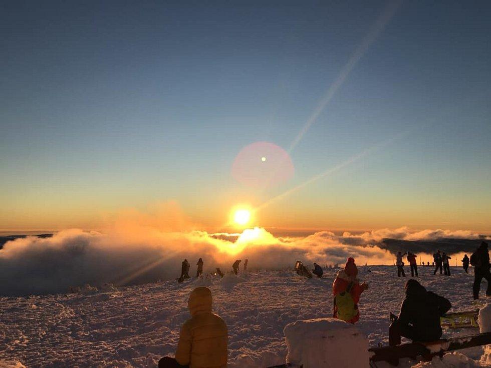 Západ slunce na Pradědu od Anny Škrobánkové.