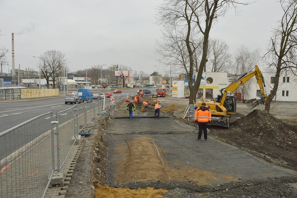 Nově budovaný silniční pruh – stav 23. března 2021.